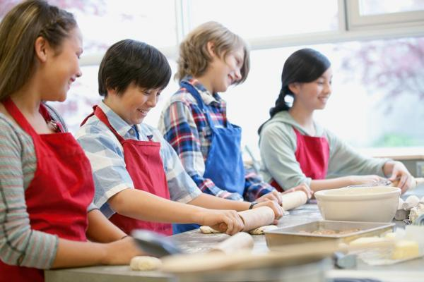 students cooking at school