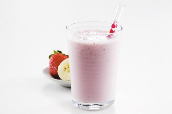 strawberry banana milk smoothie