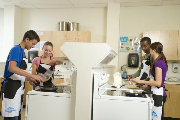 Students cooking in the kitchen