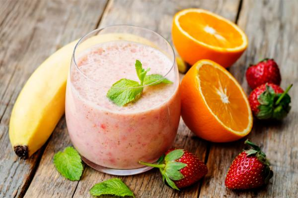 Strawberry-Orange Sunburst Smoothie