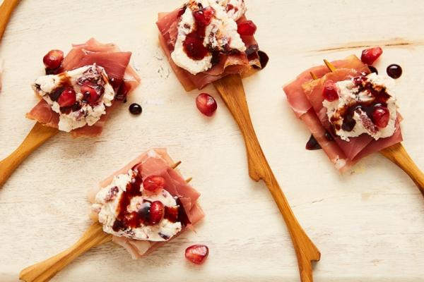 cream cheese prosciutto cocktail bites