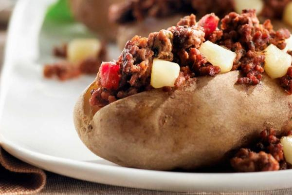 italian beef topped potatoes
