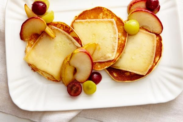 raclette cheese pancakes with fruit