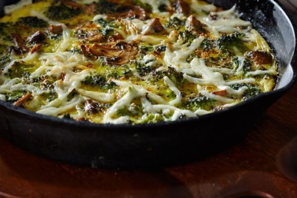 roasted broccoli mushroom mozza frittata