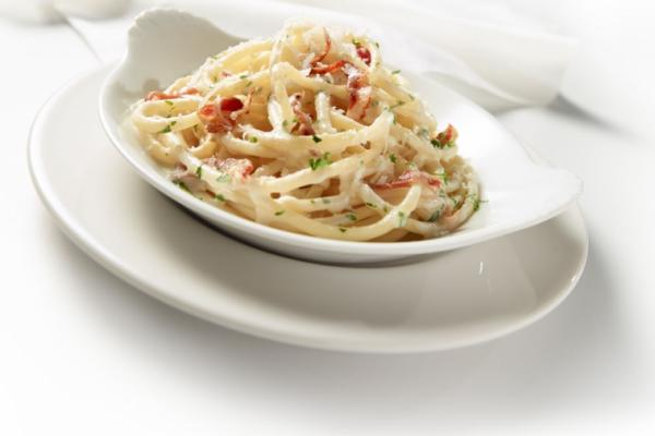 Pasta with creamy Carbonara sauce