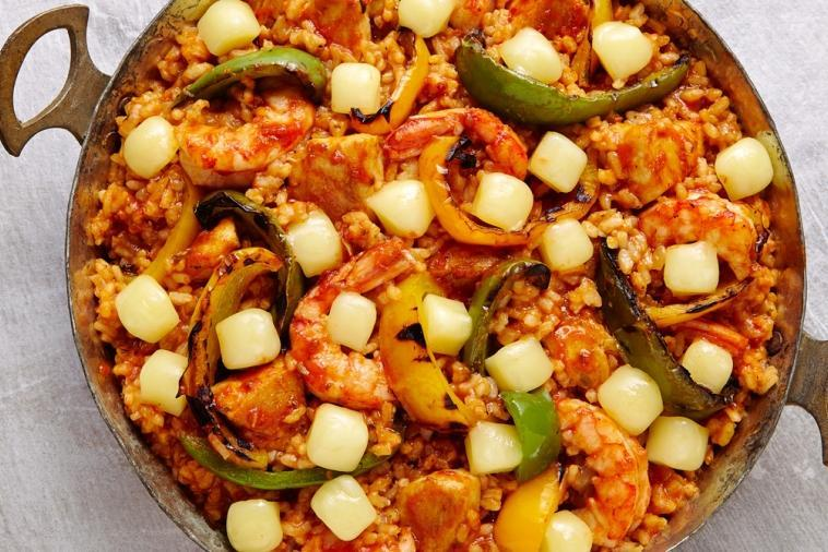 Cheesy paella recipe