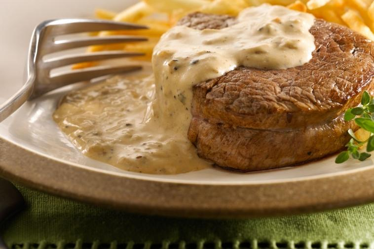 beef medallions with brandied peppercorn cream