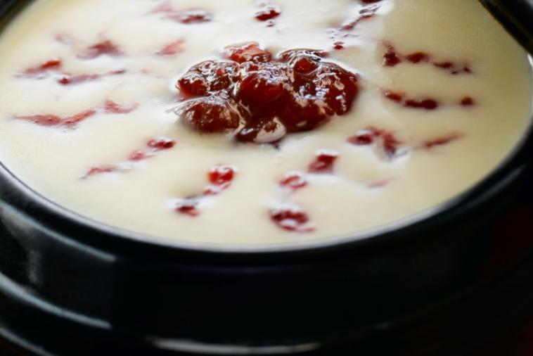 bloodshot eyeball soup canadian white cheddar and potato soup with a cranberry swirl