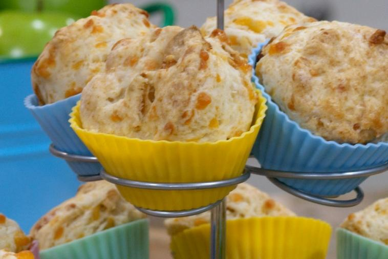 cheddar and apple buttermilk scones