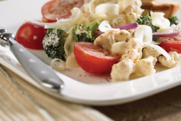 crunchy cauliflower salad with cheddar