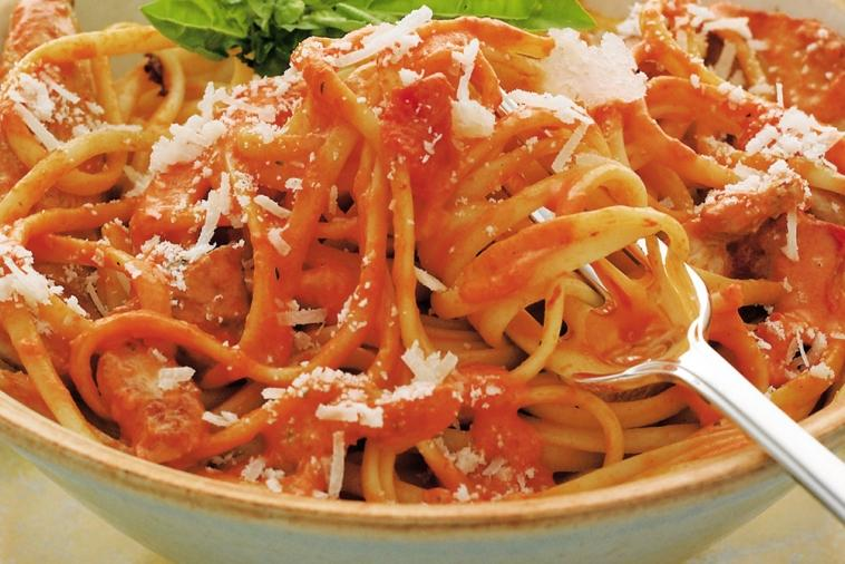 linguine with chicken and roasted red pepper sauce