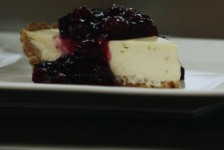 quark yogurt cheesecake with blueberry preserves