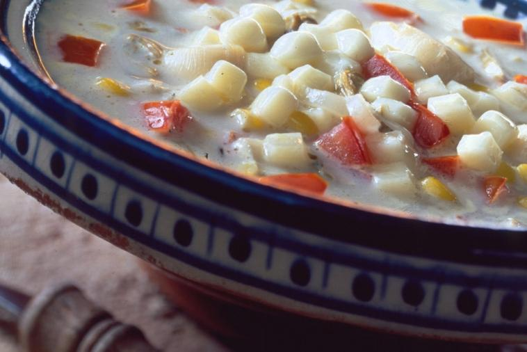 scallop chowder with tomatoes and canadian provolone